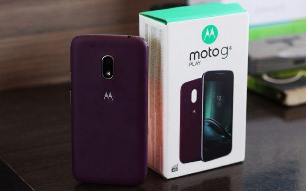 Вид сзади Motorola Moto G4 Play