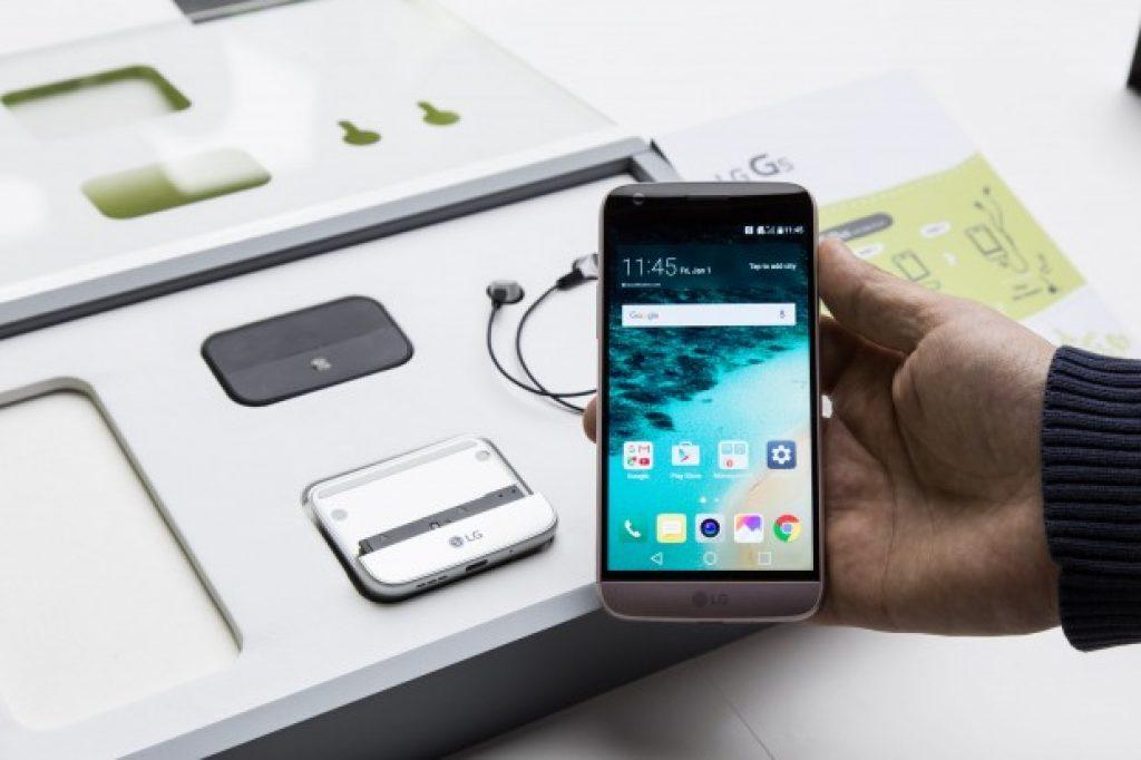 Комплектация LG G5