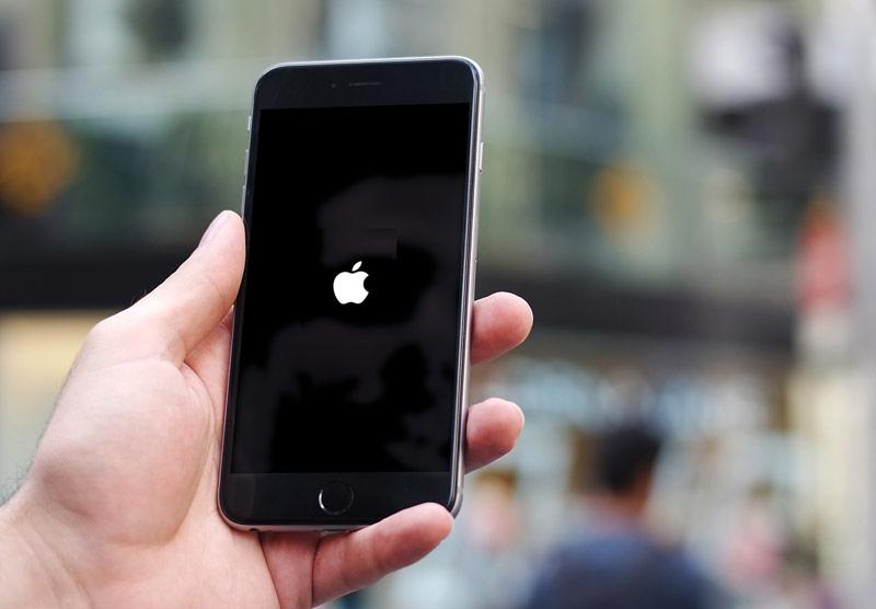 Что делать если телефон завис?