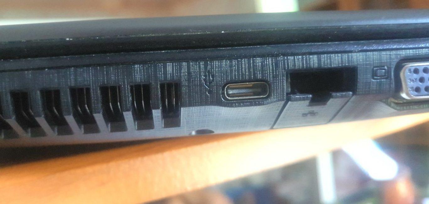 Разъем USB Type-C на ноутбуке