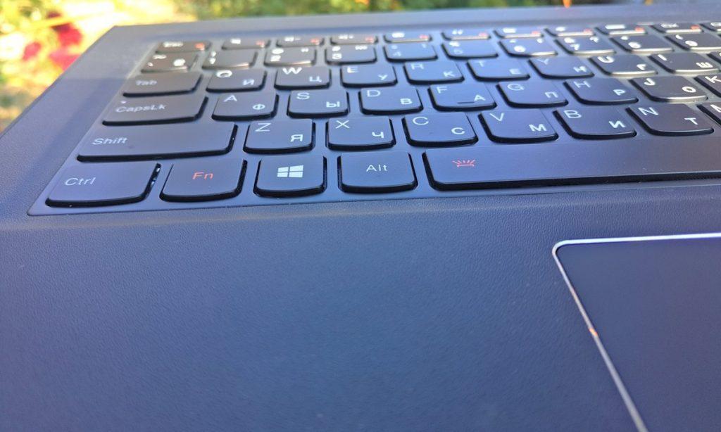 Покрытие панели с клавиатурой