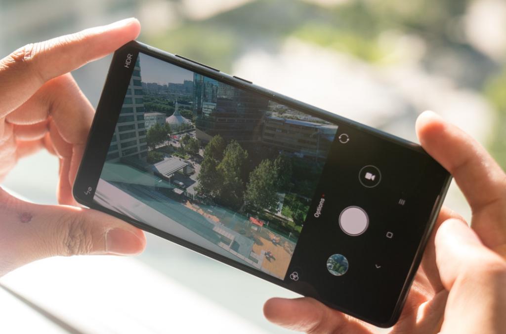 Оболочка приложения Камеры не претерпела изменений