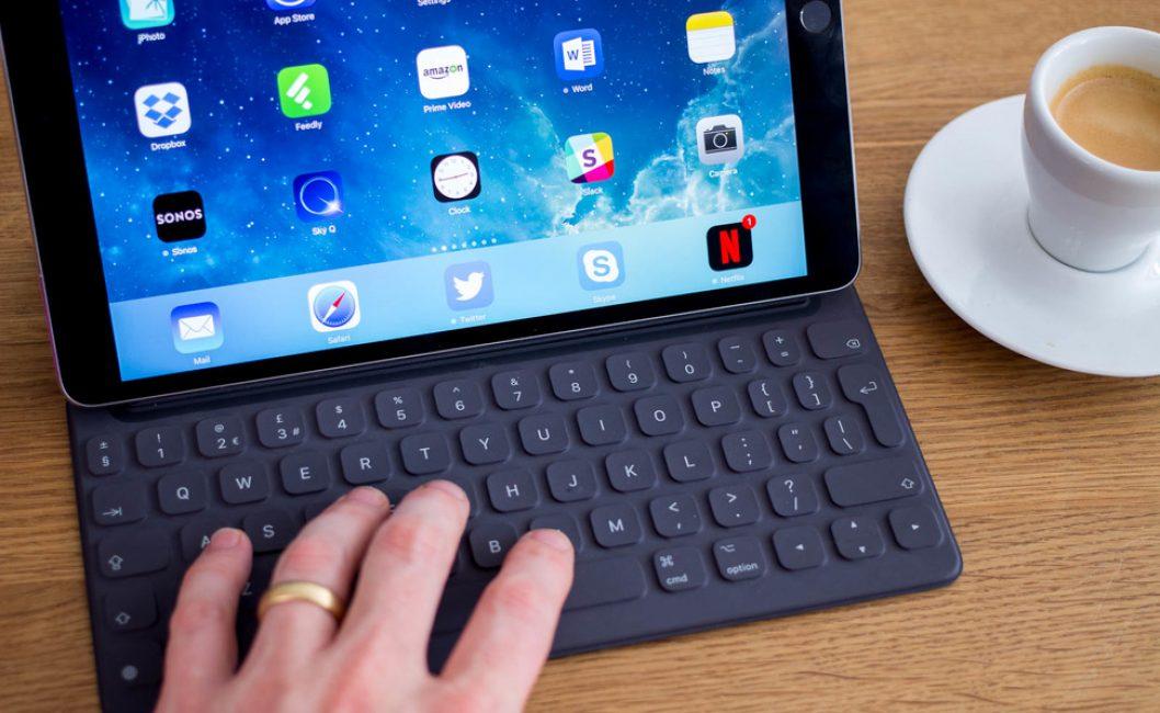Клавиатура Apple iPad 10.5