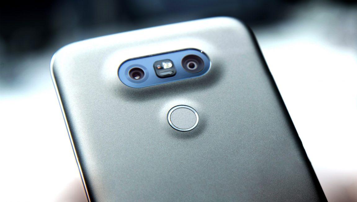 ТОП-15 телефонов с двойной камерой