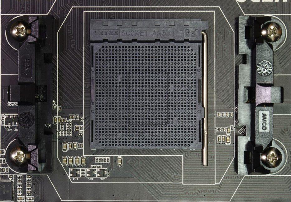 Процессорный разъем AMD FM3+