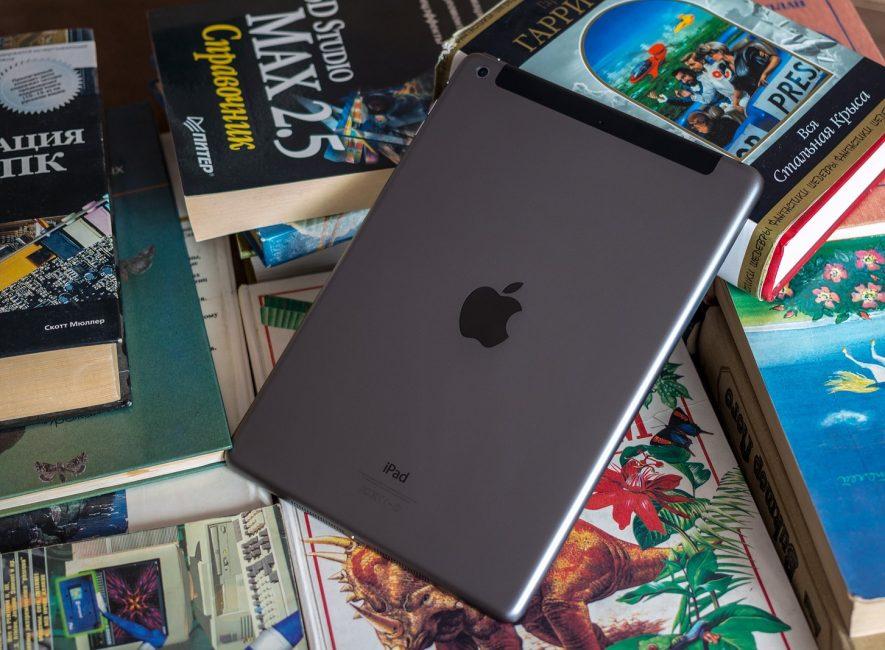 Задняя панель iPad Air