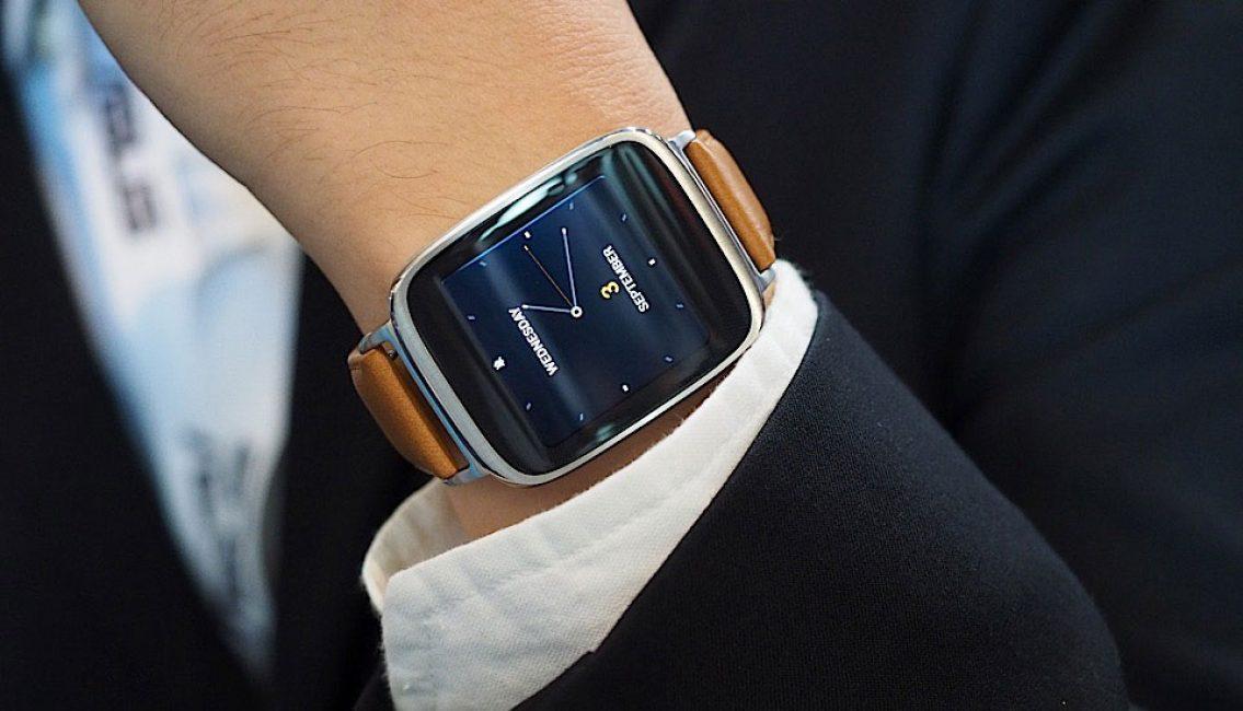 Умные часы смотрятся стильно на руке