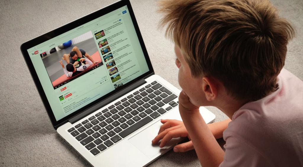 Как скачать видео с ютуба