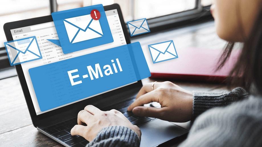 Есть несколько причин использовать для бизнеса и собственного бренда корпоративную почту